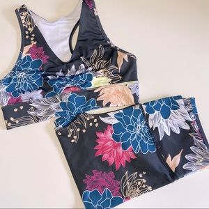 ❤️2-Piece Black Floral SportsBra and Legging set!